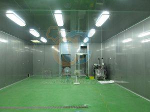 包裝區設置無塵室空間,食品級地板與庫板R角銜接無死角