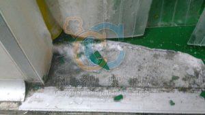 冷凍庫地板