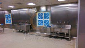 原牆面包覆不鏽鋼壁板,窗戶搭配空氣濾網,補進乾淨新鮮風