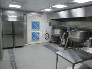 烹煮區-良好的換氣系統讓烹煮區不再高溫潮濕
