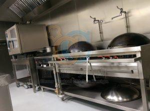 高效能快速炒爐搭配過濾水,便於操作