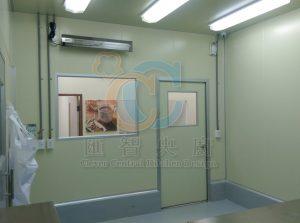 無塵庫板隔間搭配紫外線殺菌燈,打造潔淨空間